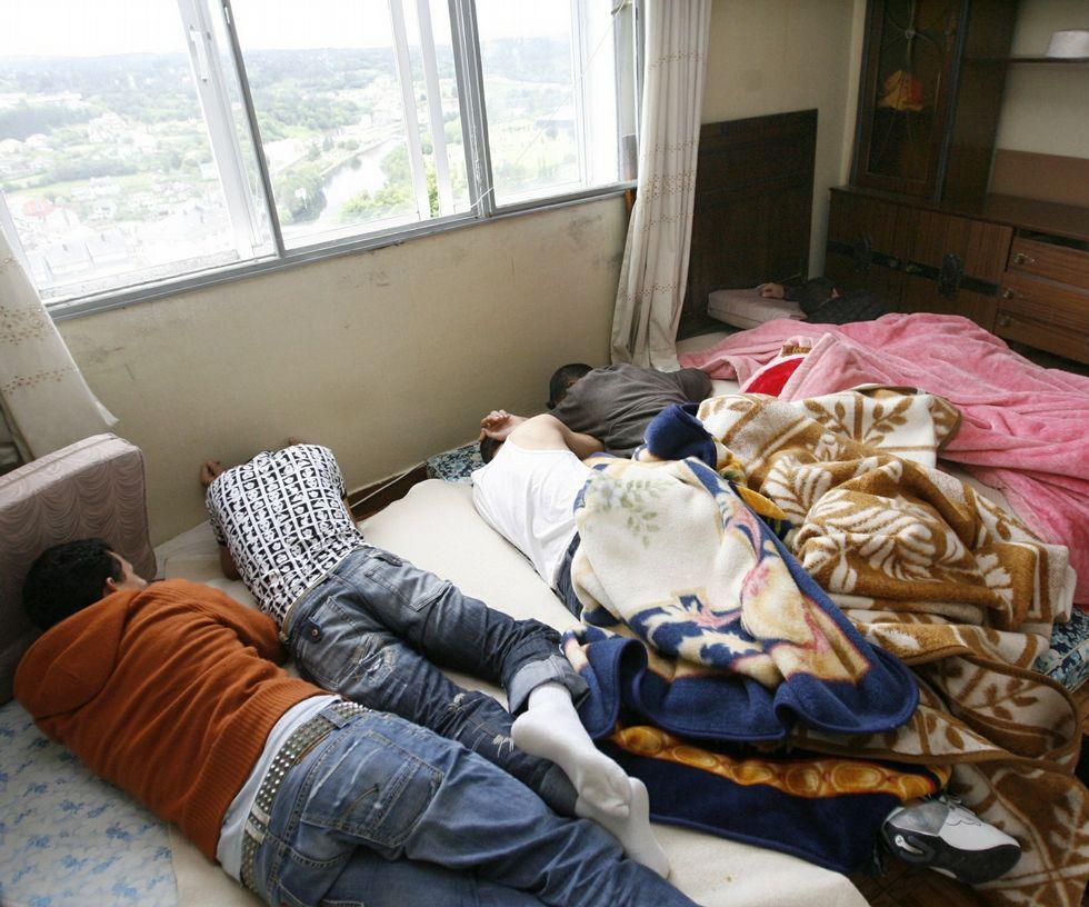 Algunos de los explotados vivieron en un piso patera en Lugo.