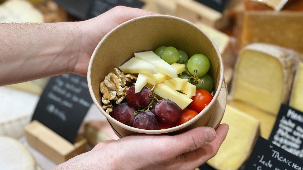 Una de las cajitas para pícnic de la Queixería Praza de Vigo