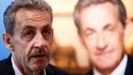 Sarkozy,durante una reunión con los lectores de su último libro «Promenades» en una librería de París el pasado 2