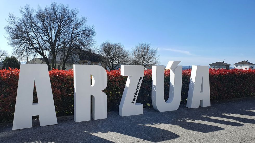 Castromaior, un castro con unas vistas privilegiadas del centro de Lugo.La alcaldesa Dolores Castro firmó el convenio en la sede de la Fundación Uxío Novoneyra
