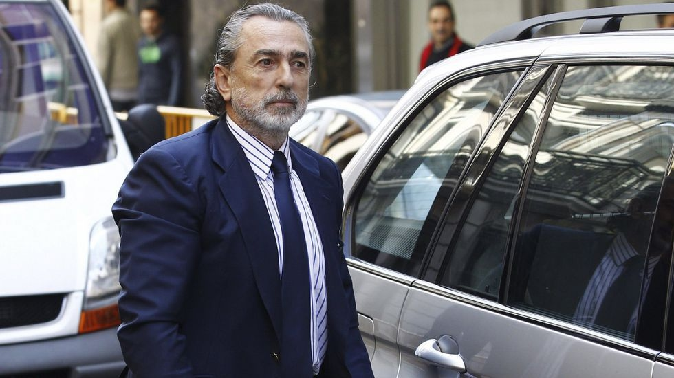 Correa, Crespo y «el Bigotes», esposados en la reanudación del juicio por el caso Gürtel.Francisco Correa, en una imagen de archivo