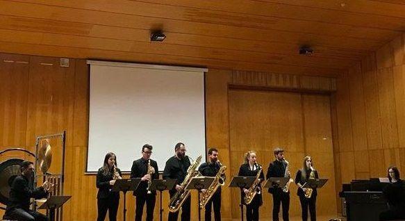 Os Resentidos, novo disco despois de 28 anos.Miguel Bose, durante un concierto en Galicia en el verano del 2017