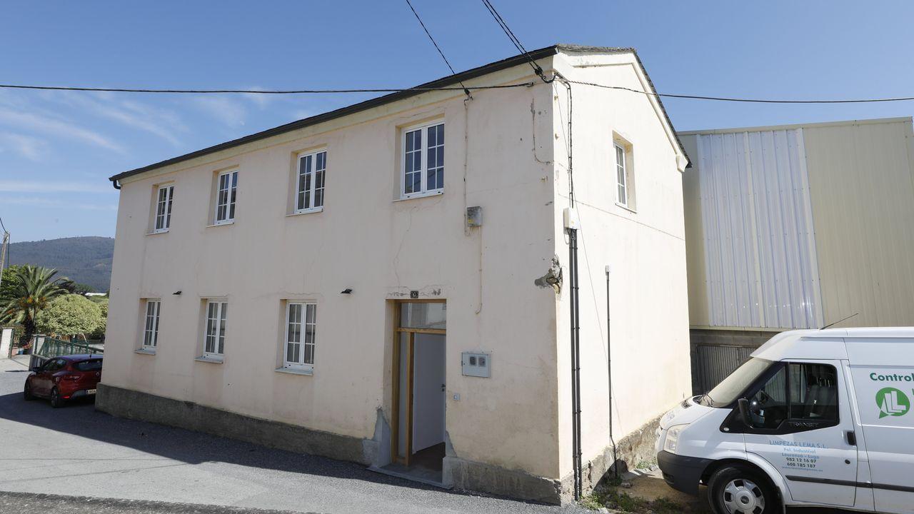 Una de las casas que el Concello de Trabada cede gratis a familias que escolaricen a sus hijos en el pueblo