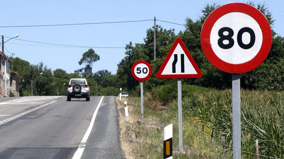 En Guntín también fue habilitado un sistema de canalización del tráfico hacia Ourense y Santiago.