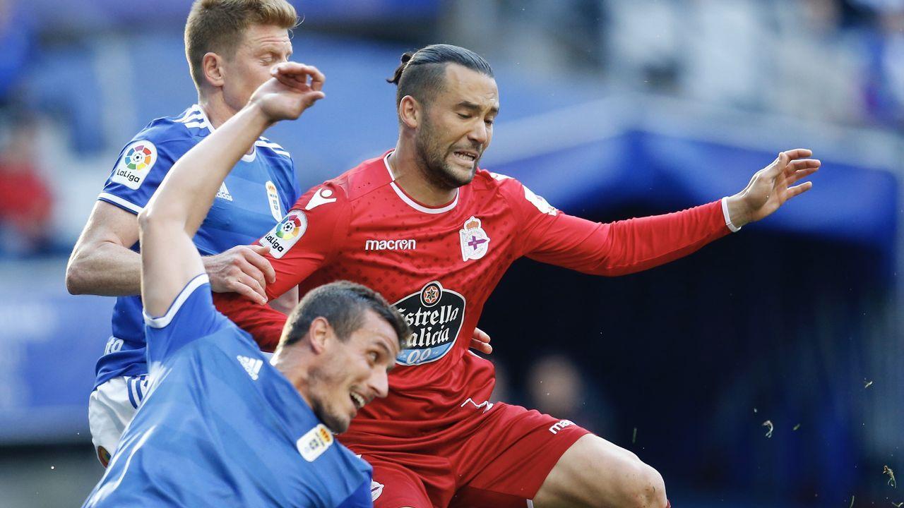 Las mejores imágenes del Oviedo - Deportivo.Alineación del Real Oviedo ante el Deportivo