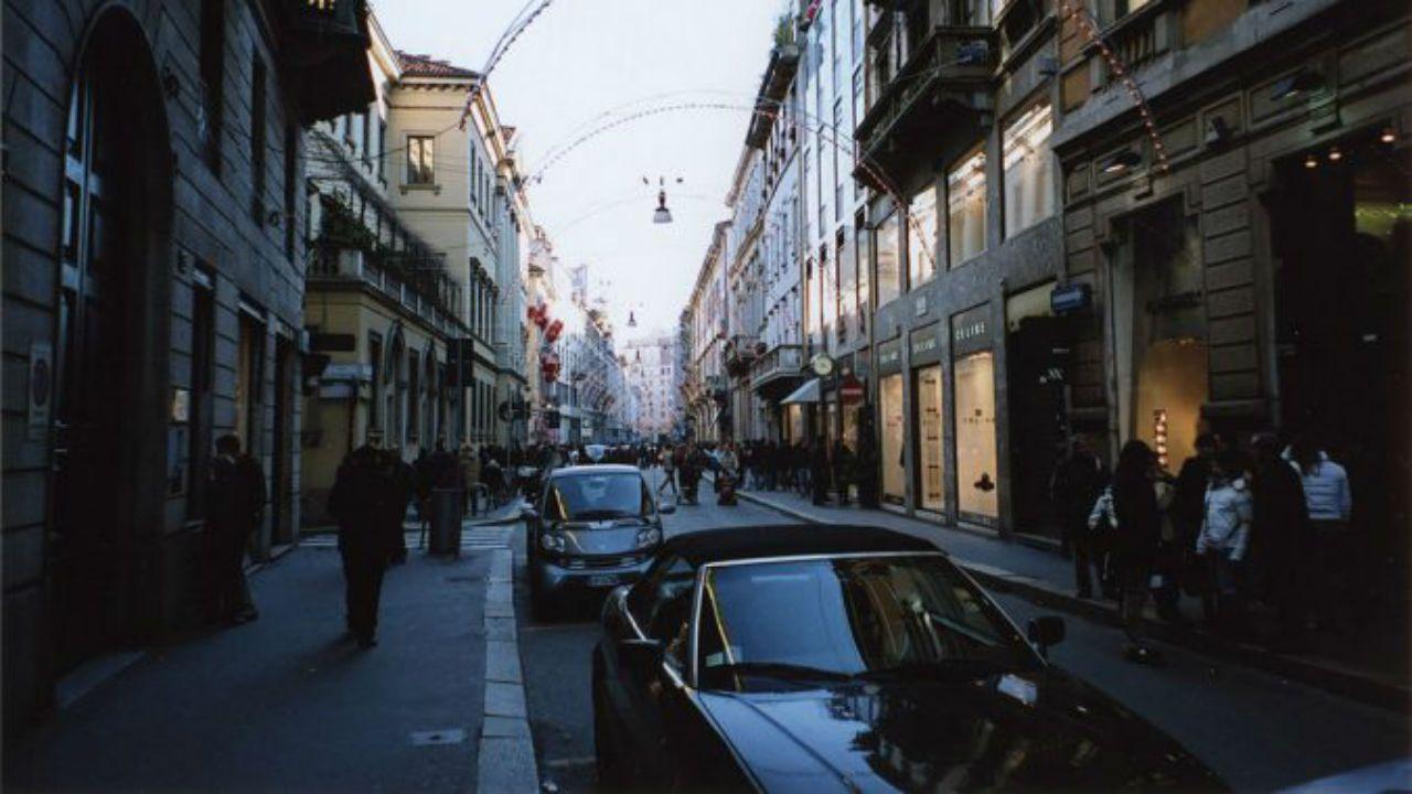 Vía Montenapoleone (Milán)