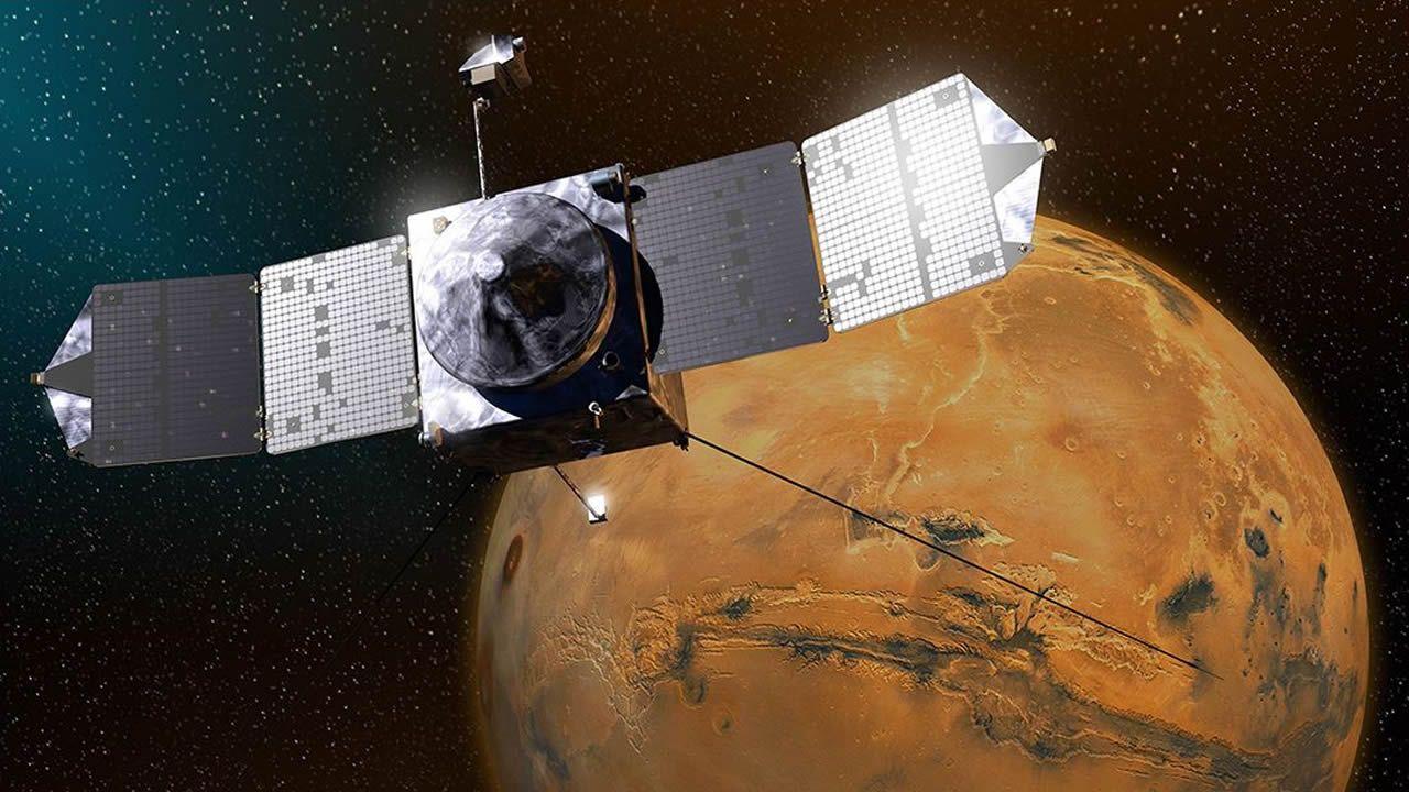 Laboratorio de la Universidad de Oviedo.Ilustración del satélite Maven y Marte