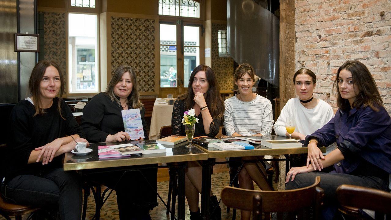 Seis libreras gallegas celebran el Día de las Librerías en el Café Marfil, en A Coruña