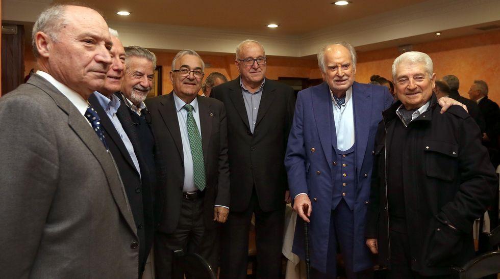 Homenaje  de la  Fundación  Amigos de  Galicia a Ramiro Carregal