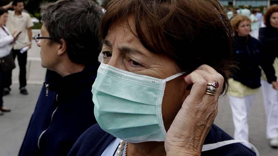 ambulancia, coronavirus, Asturias, Principado, HUCA.Trabajadores con mascarillas