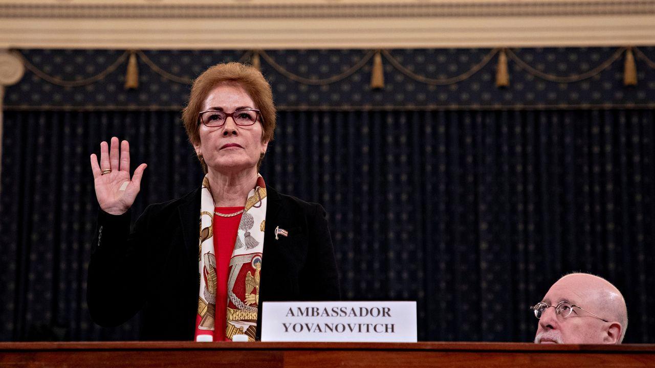 La exembajadora en Ucrania Marie Yovanovitch comparece en la segunda audiencia pública en la Cámara Baja