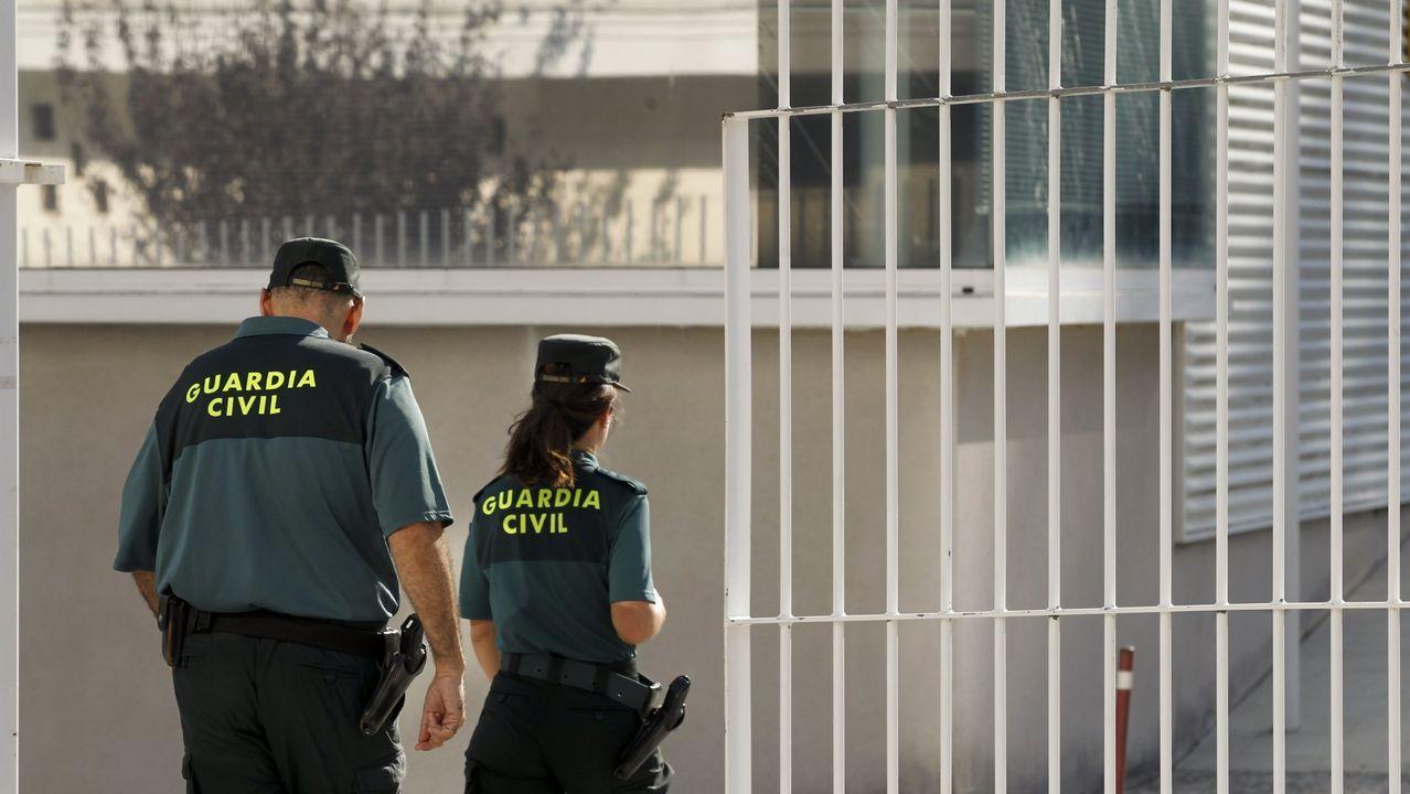 El conductor fue detenido por la Guardia Civil en Sarria