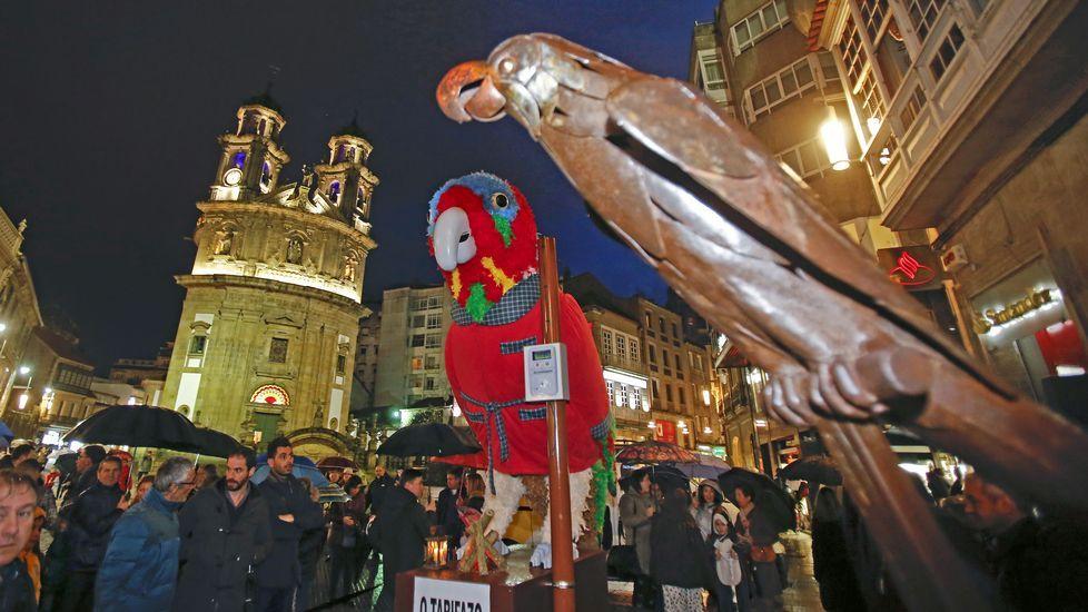 El loro Ravachol llega al Carnaval clamando contra el tarifazo