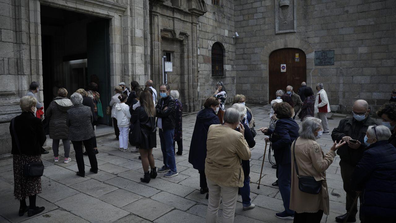 A Coruña celebra el día del Rosario.Laura Pombo iba a inaugurar su tienda dos días antes de declararse el estado de alarma