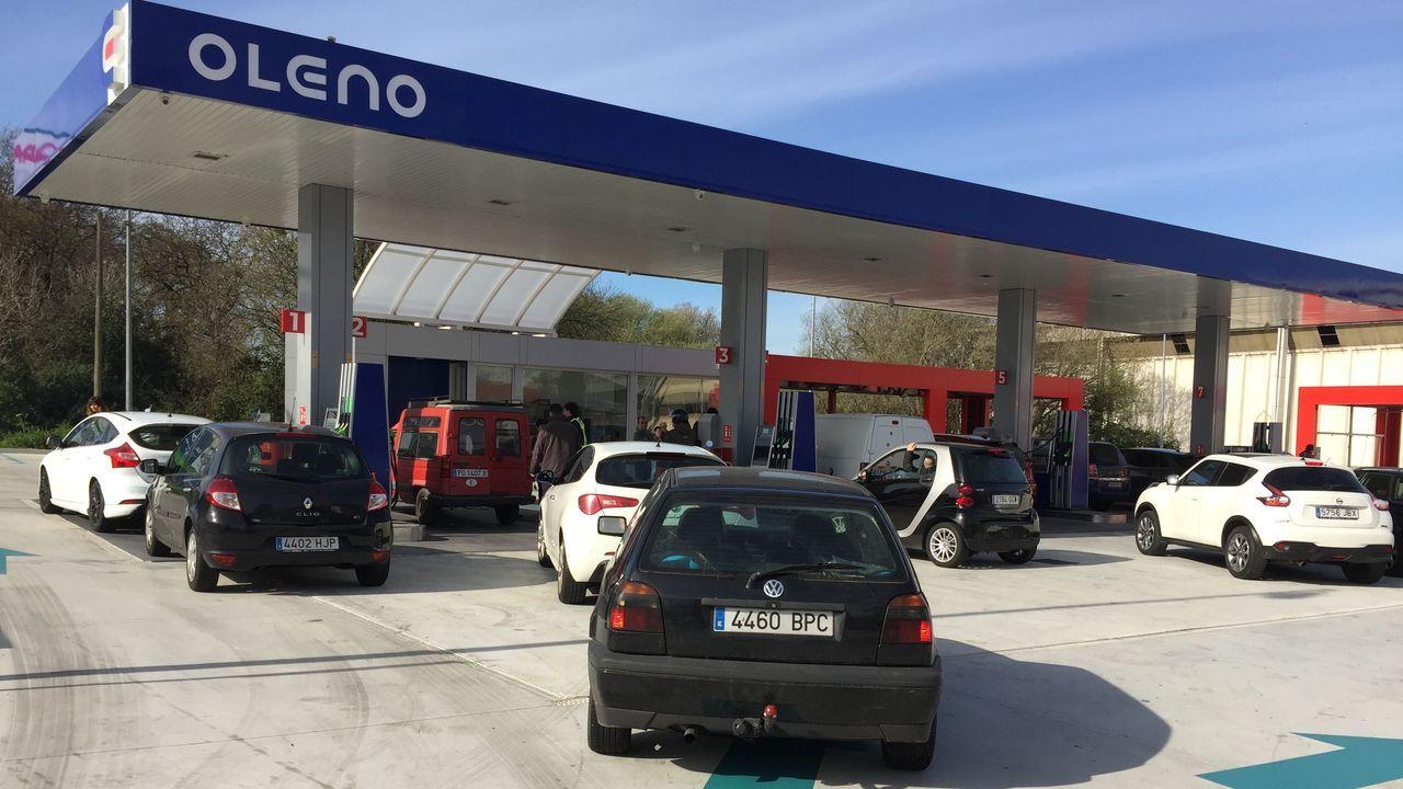 La estación de servicio se encuentra en la carretera PO-552 en dirección a Baiona