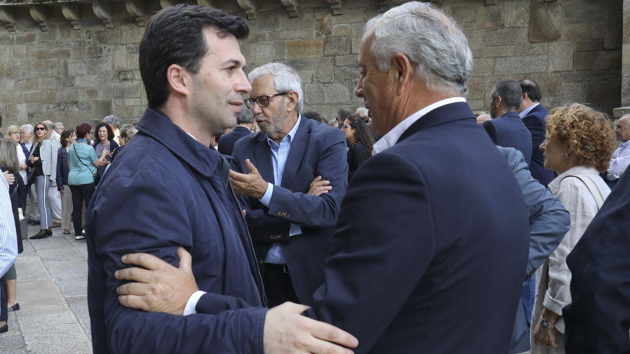 isozaki.Gonzalo Caballero, Touriño y Pachi Vázquez, en el funeral de Miguel Cortizo, que tuvo lugar en Santiago el pasado julio