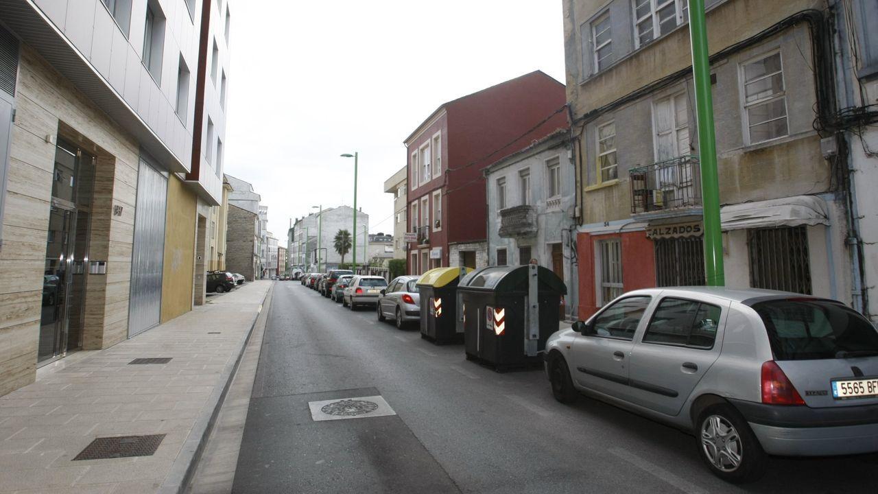 Rúa Armórica, junto a la Rúa Vicente Risco