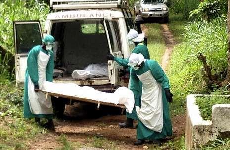 Ofensiva israelí en un barrio de Gaza.En Sierra Leona se han registrado cerca de 200 muertos por el virus del ébola.