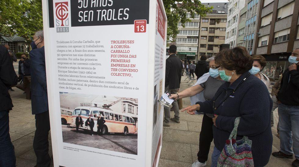 A exposición«50 anos sen troles», en imaxes: así foi a inauguración.Avenida de la Habana de Ourense, con señalización a 30 km/ hora