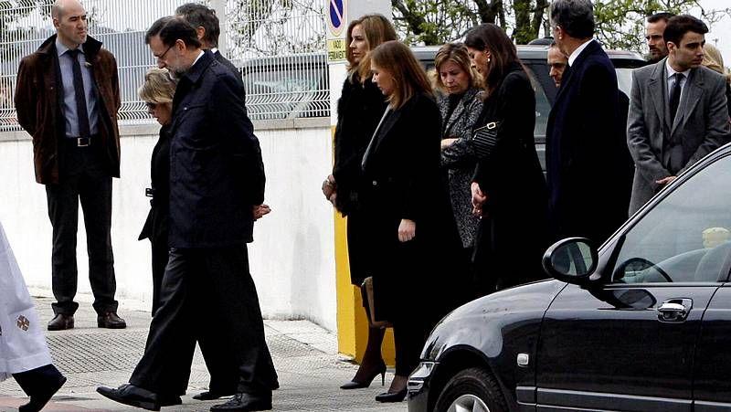 Rajoy despide a su hermano.Colmeiro inaugura hoy su muestra en el Museo.