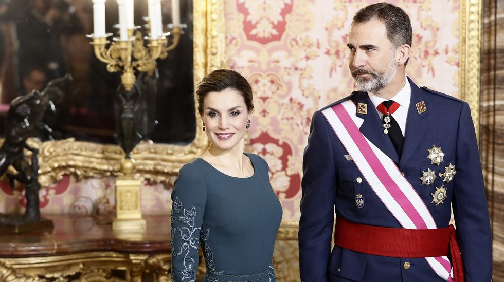 Los Reyes presiden la Pascua Militar.José Manuel Revuelta, a la izquierda, en Arabia Saudí