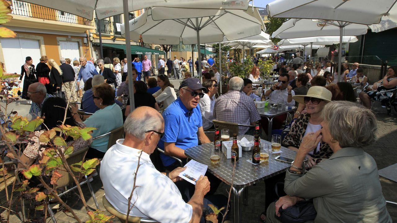 Por 400.000 euros. La parrillada-restaurante Os Faroles (Xove) tiene 17 habitaciones y un comedor para 160 comensales
