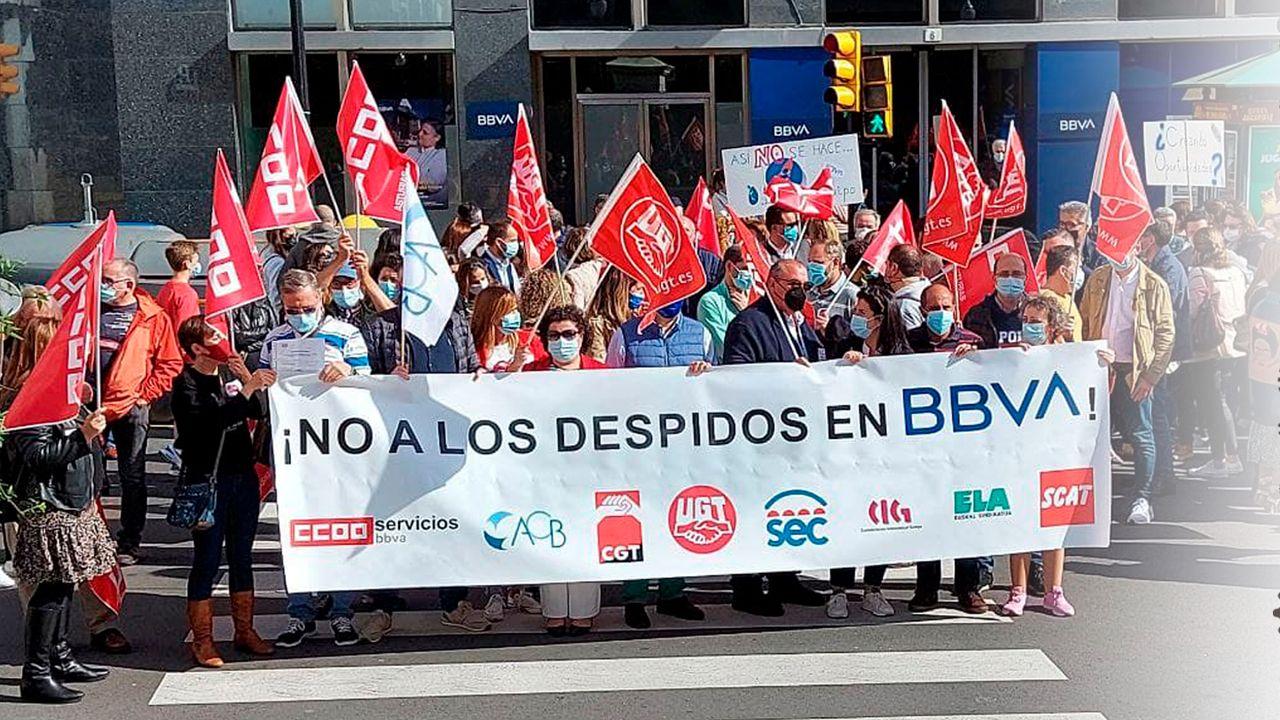 Movilizaciones en defensa del empleo en el BBVA. Esta tarde, desde Gijón.