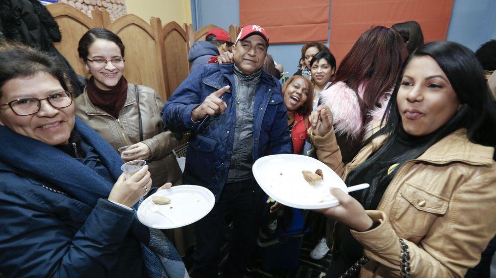 Fiesta en la pequeñaRepública Dominicana de Lugo.Zapatero y Maduro