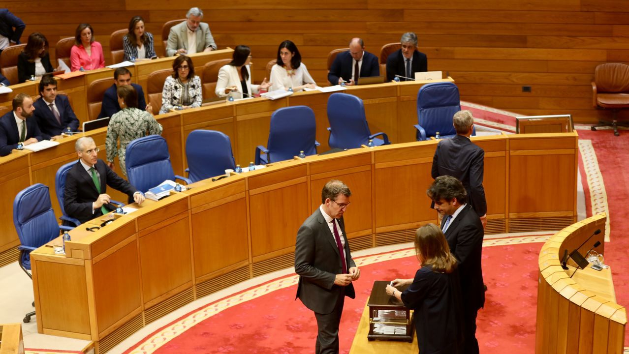 Así transcurrió el pleno en el que se debatió el futuro de la valedora.Beiras y Villares en el ultimo plenario de En Marea