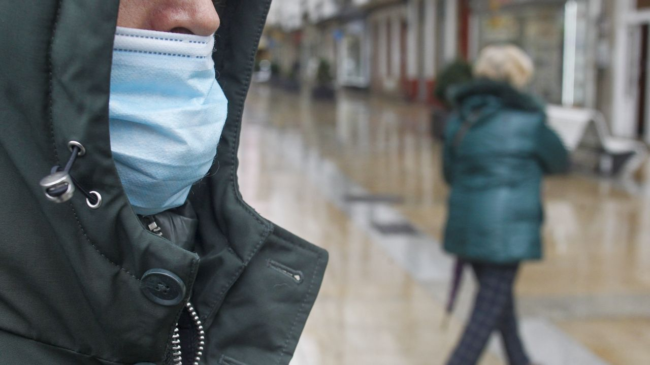 El mal uso de las mascarillas es uno de los factores que propagan los contagios seún los especialistas del área
