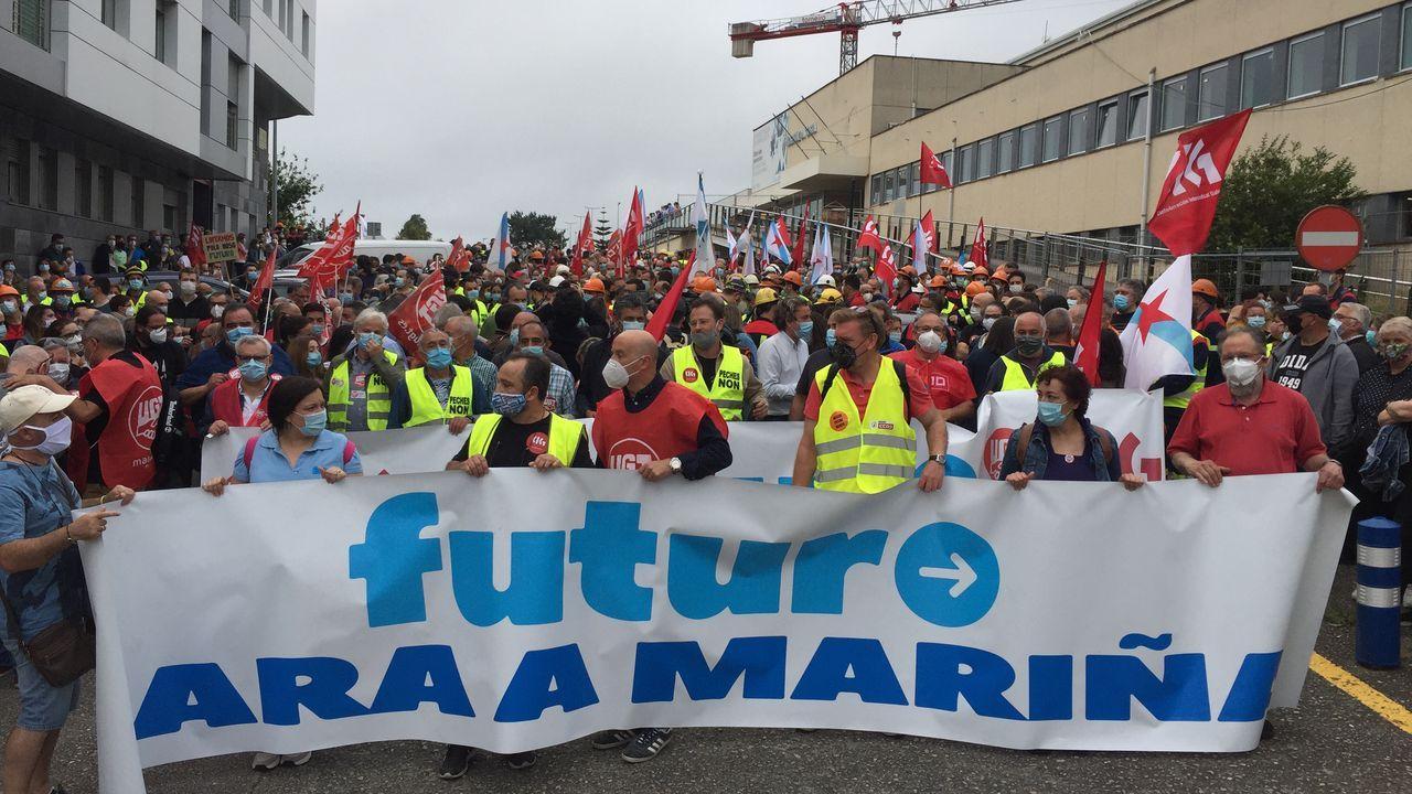 Alcoa seguirá con el ERE: no hubo acuerdo.Patrullas de la Guardia Civil en Burela, en una imagen de archivo
