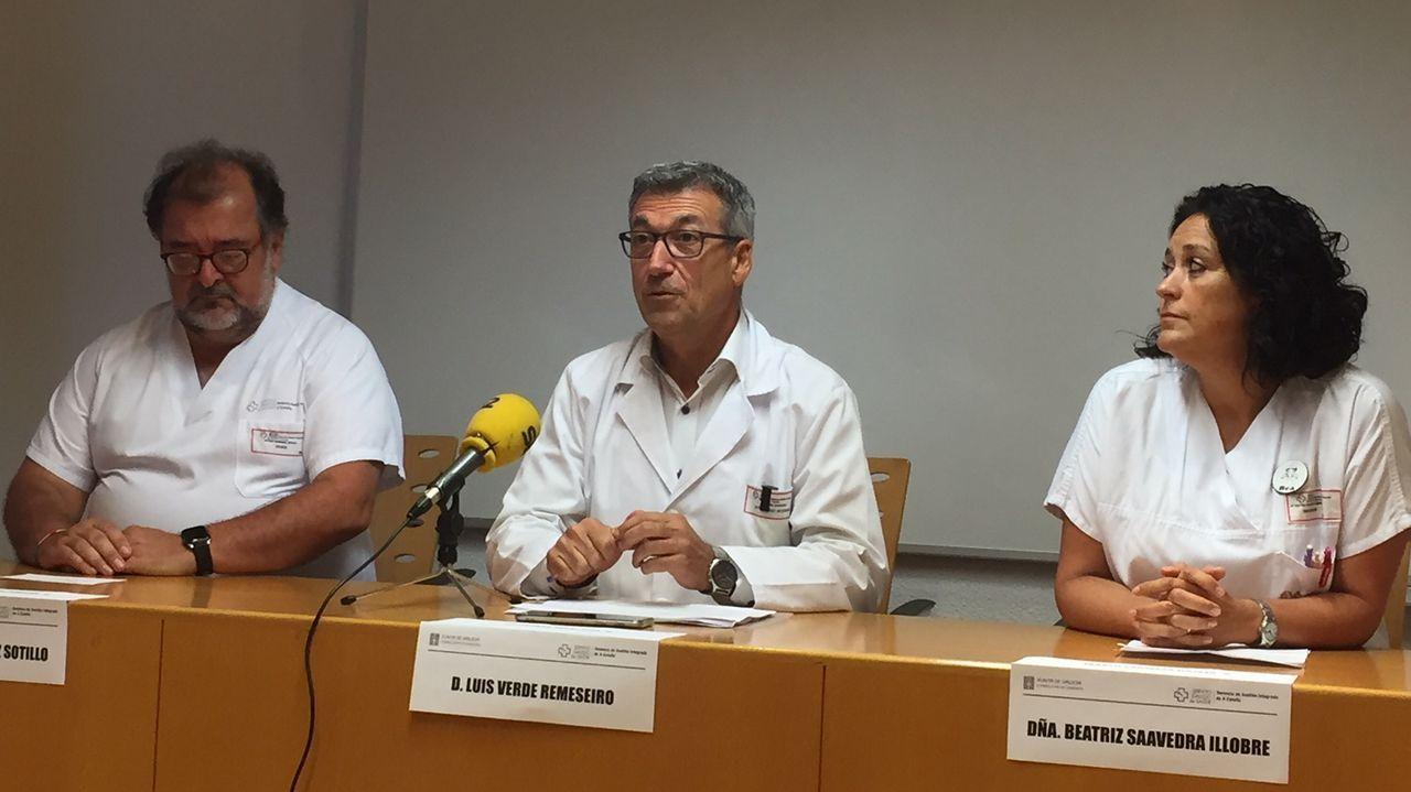 Antonio Rodríguez Sotillo, Luis Verde y Beatriz Saavedra, del Chuac, en la presentación del congreso Paraplejia 2019