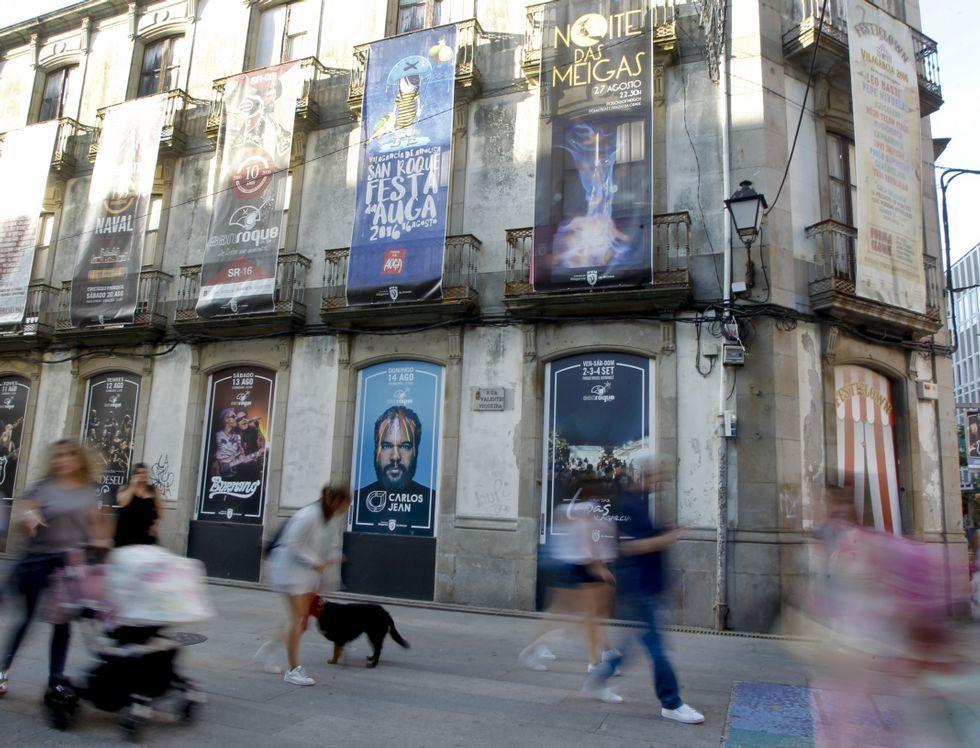 <span style= color: #222222; font-family: arial, sans-serif; font-size: 12.8px; line-height: normal; >Laureano Víctor García-Díaz, Medalla de Plata del Principado</span>.Laureano Víctor García-Díaz, Medalla de Plata del Principado