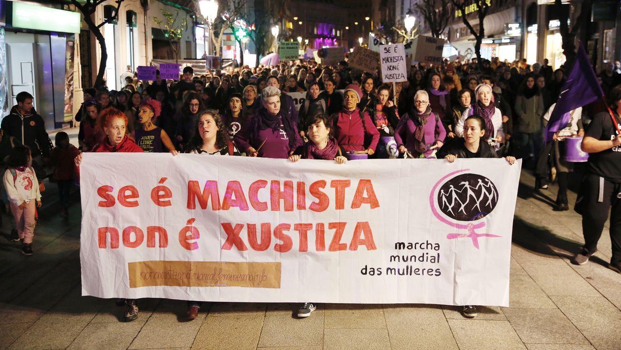 OURENSE CONTRA LA VIOLENCIA MACHISTA.Mural en el CEIP Antonio Faílde de Coles