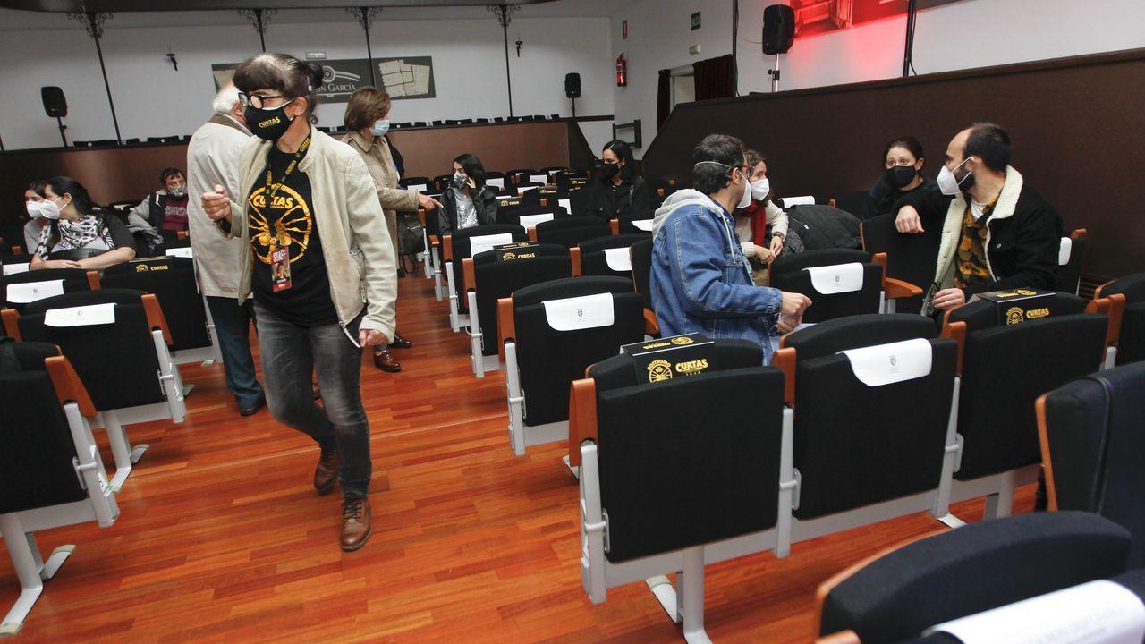 Las imágenes del partido Ribadumia contra Estradense