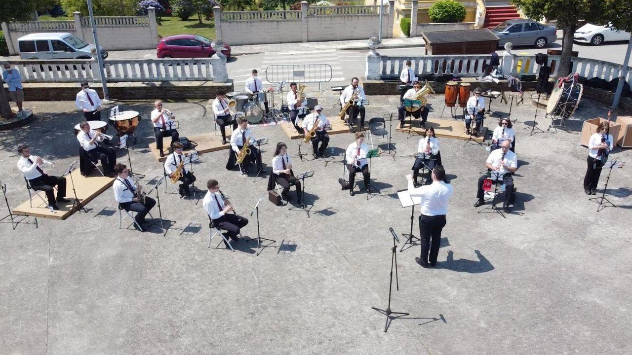 Así empezó la selectividad en Viveiro.Como el año pasado, en el San Juan de Vilaronte también actuará la Banda Municipal de Música de Foz
