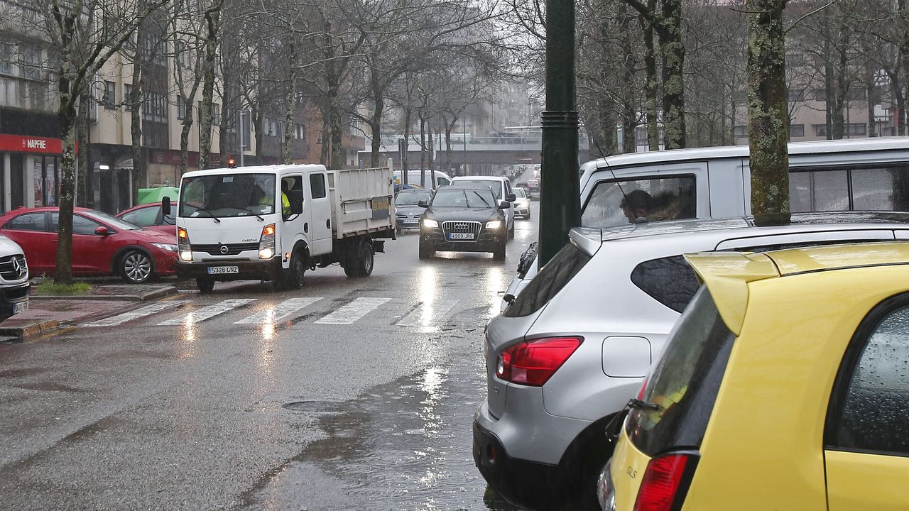 La primera calle con pavimento continuo será Alcalde García Filgueira, en A Parda