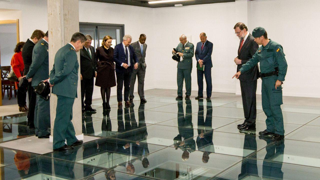 Rajoy inauguró un centro de la Guardia Civil en Logroño, donde dijo que se seguirá aplicando la ley