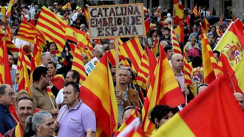 Tensa conversación entre el rey y Rajoy