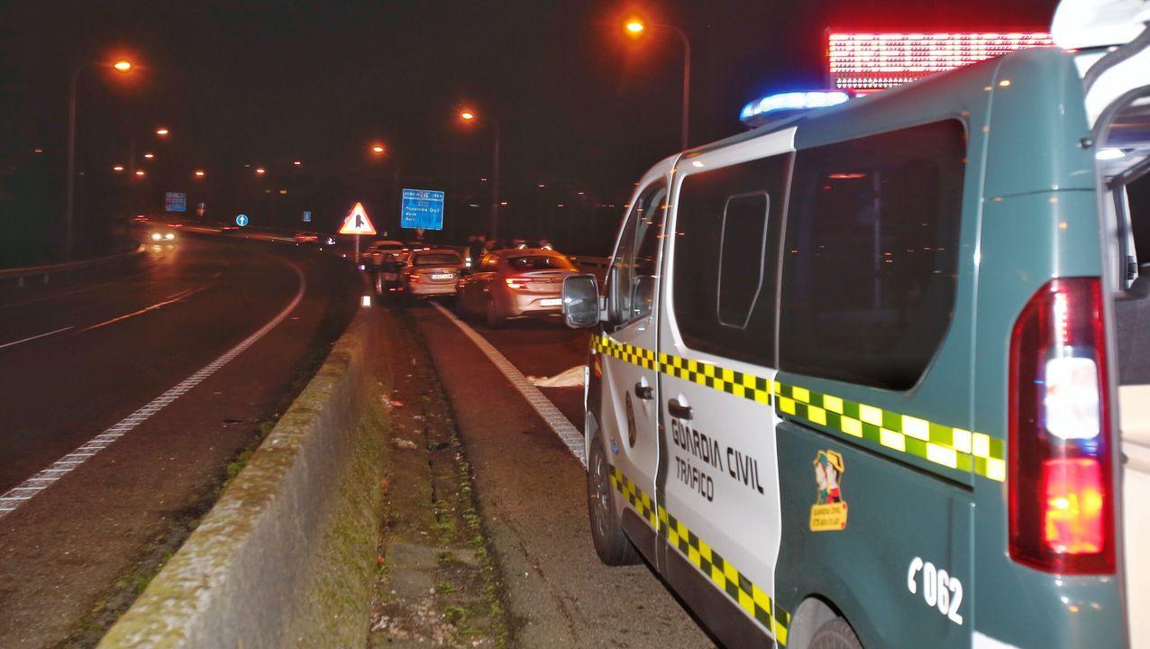 Accidente mortal en el peaje de Guísamo.Un joven pereció atropellado en Pontevedra el sábado, junto al puente de A Barca