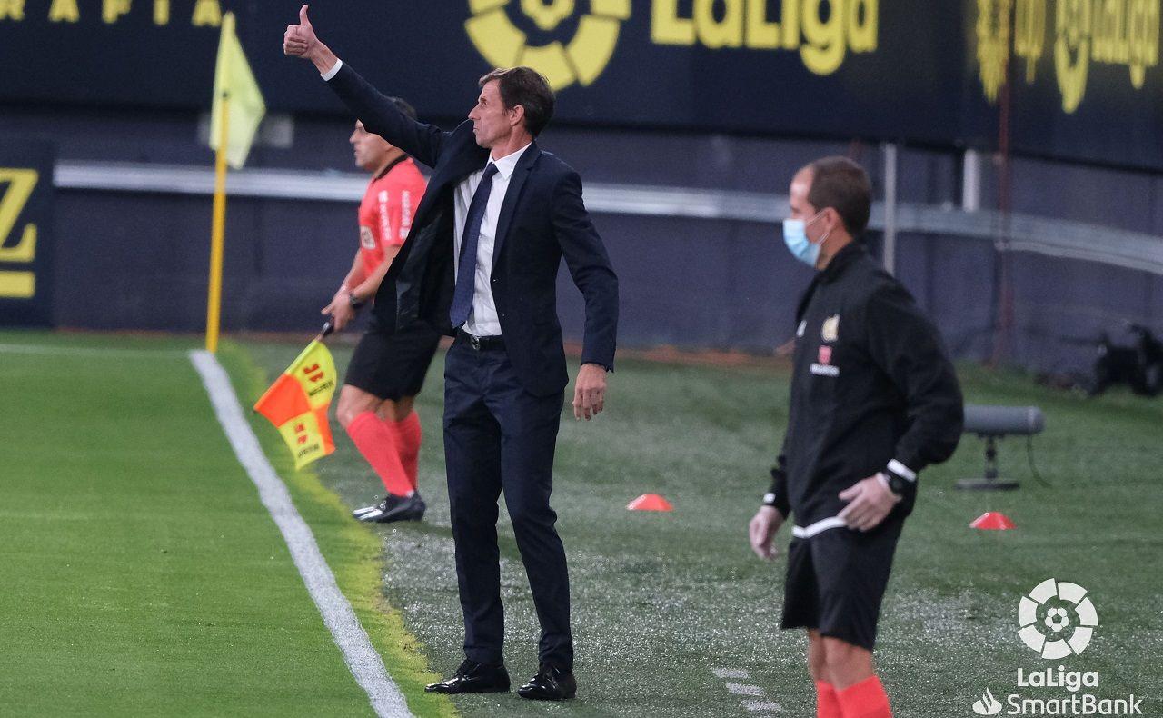 Ziganda Cadiz Real Oviedo Carranza.José Ángel Ziganda, durante el encuentro ante el Cádiz