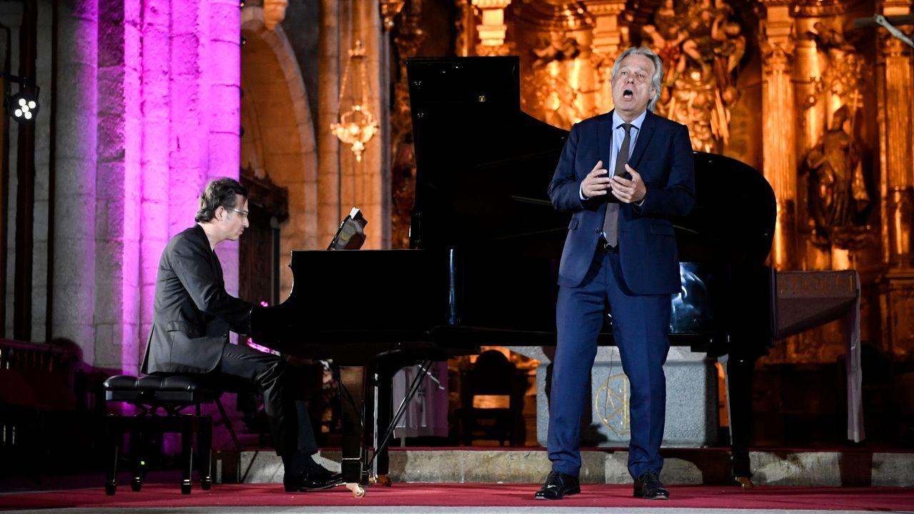 Imagen del concierto que ofrecieron este domingo en la Catedral de Mondoñedo el tenor Christoph Prégardien y el pianista Daniel Heide dentro del festival Bal y Gay