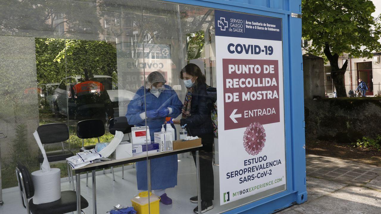 Así fue la recogida de muestras en el centro de salud de A Ponte.La construcción -en la foto, la obra de la plaza de Armas- elevó su ocupación en el primer trimestre del año