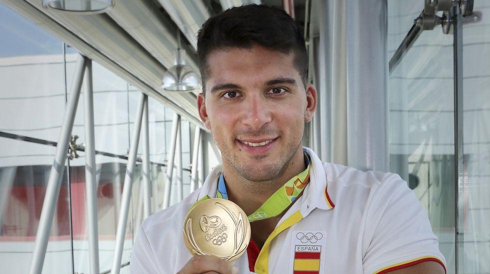 Primer derbi solidario en Gambia.Saúl Craviotto repitió podio en Río 2016 con el bronce en el K1 200 metros