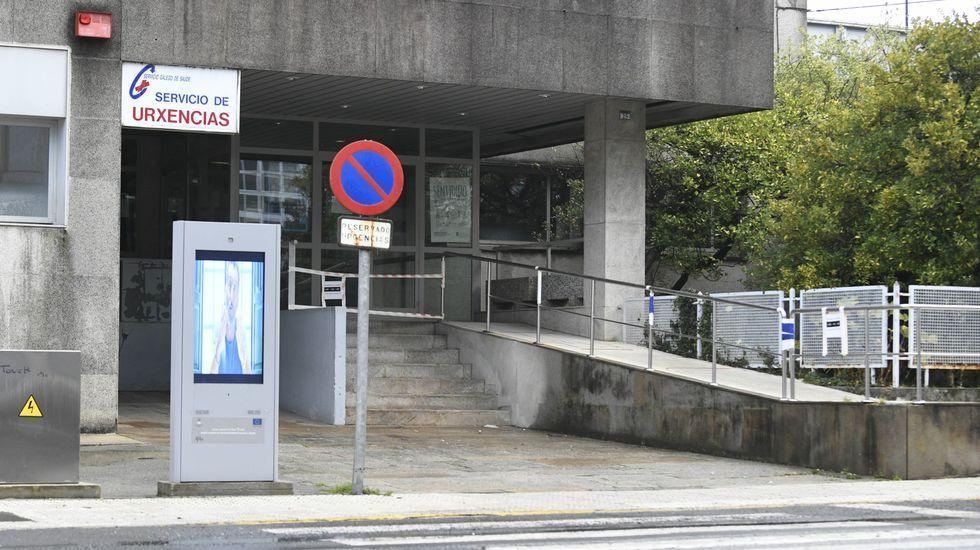 Las 10 mejores fervenzas de Pontevedra y O Salnés.El tren laboratorio Séneca, circulando al lado del cambiador de ancho de Taboadela, a 16 kilómetros de Ourense