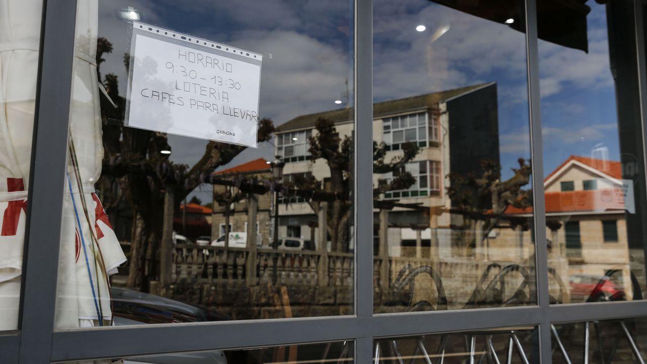 <span lang= gl >Así se festexan as Letras Galegas en Ourense</span>.Entrada del CHUO