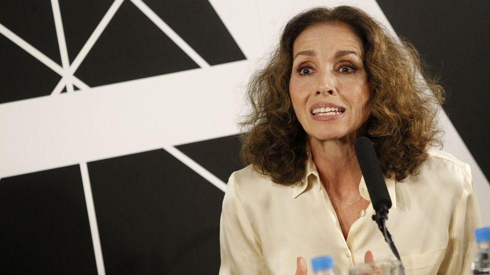 La musa de los años 80 Ana Belén recibirá el Goya de Honor de la Academia del cine.Rovira presentó la gala de los Premios Goya por primera vez en el 2015.