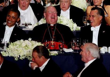 Obama y Romney, con el cardenal de Nueva York.