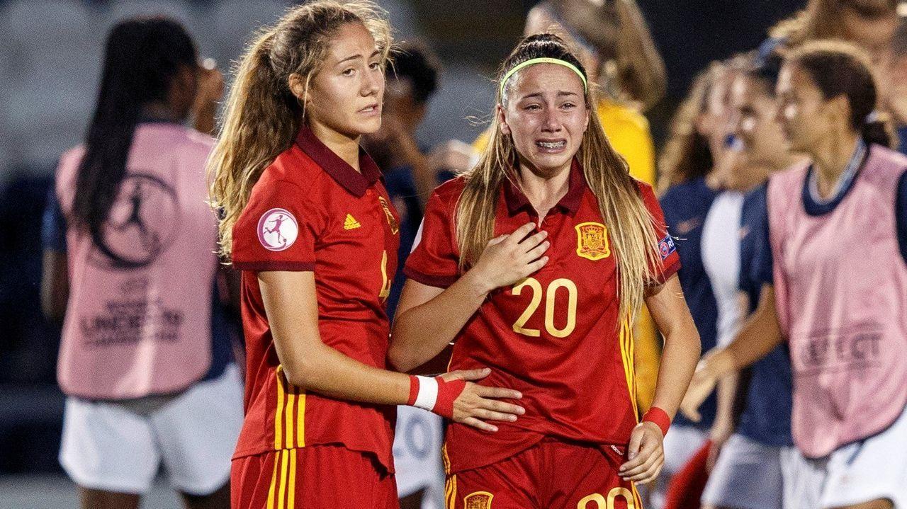 Athenea del Castillo, con el dorsal 20, marcó el gol de España en la semifinal del último Campeonato de Europa sub-19.María José Rienda, presidenta del CSD, junto a Javier Tebas, presidente de la Liga