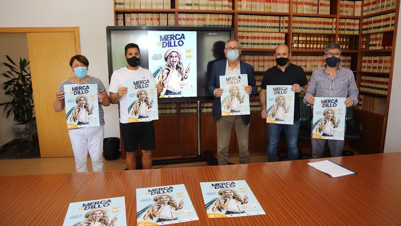 Directiva y cuerpo técnico presentaron a los tres fichajes, Diego, Ramón y David.